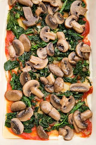 lasagna-cu-spanac-si-ciuperci-5