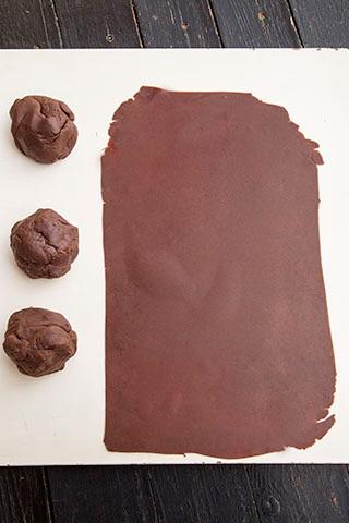 prajitura-cu-foi-de-cacao-si-crema-de-vanilie-3
