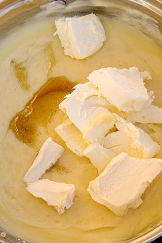 prajitura-cu-foi-de-cacao-si-crema-de-vanilie-6