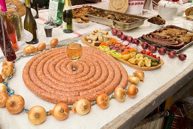 festivalul-pomana-porcului-1