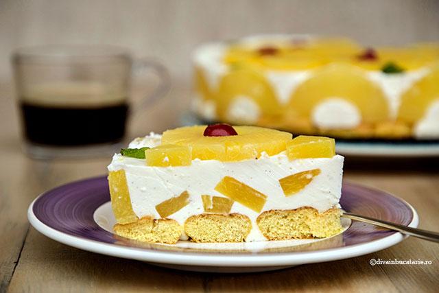 tort fara coacere cu iaurt si ananas