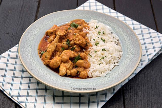 curry thailndez de pui cu naut